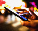 okostelefon -- mobiltelefon -- internet -- adat