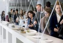 Abstract Nature - Bemutatkoztak a MOME kerámiatervezõ hallgatói (fotó: MTI)