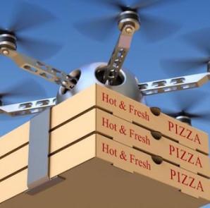 pizzafutar dron (fotó: businessreviewaustralia.com)