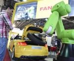 Megnyílt az Automotive Hungary szakkiállítás (fotó: MTI)